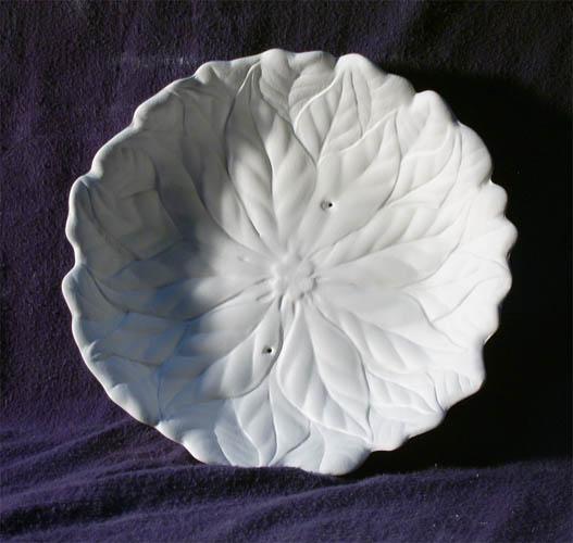 2026 Poinsettia Dish