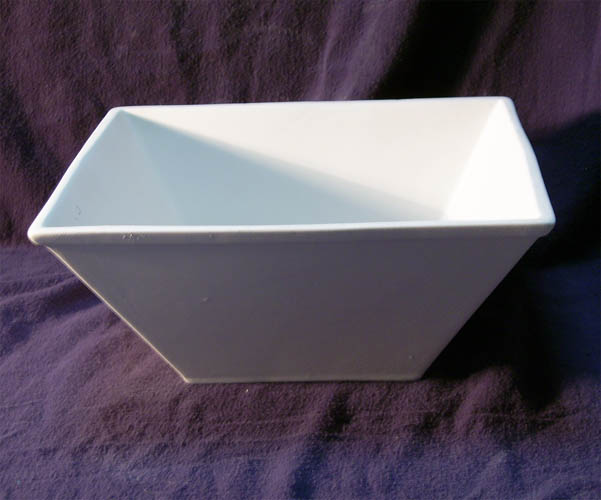 7021782 Large Square Bowl