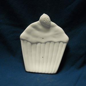 7026785 Strawberry Cupcake Plate